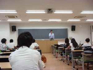 ゲスト講師のプレゼンテーション
